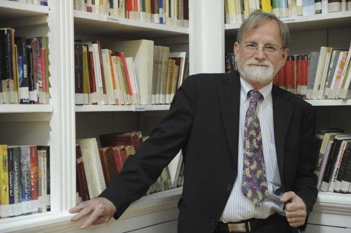 Marshall Breeding: internet no desplazó la función que cumplen las bibliotecas