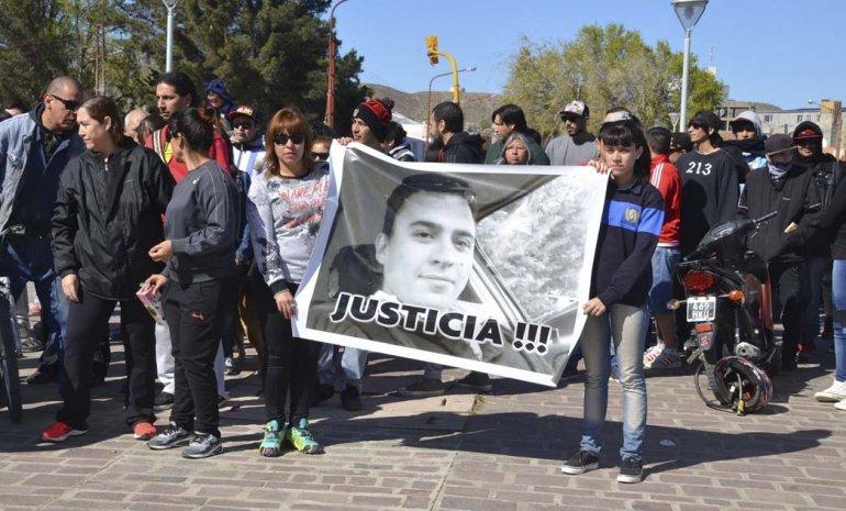 Agrupación petrolera se solidarizó con el pedido de justicia que llevan adelante familiares y amigos de Gustavo Gerez.