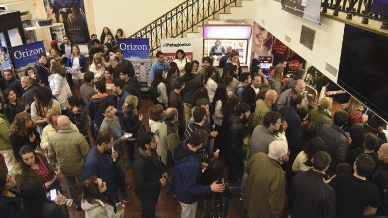 El BANFF Festival se realizó por primera vez en Comodoro Rivadavia y contó con un gran marco de público que se reunió en el Cine Teatro Español para disfrutar el mejor cine de aventura.