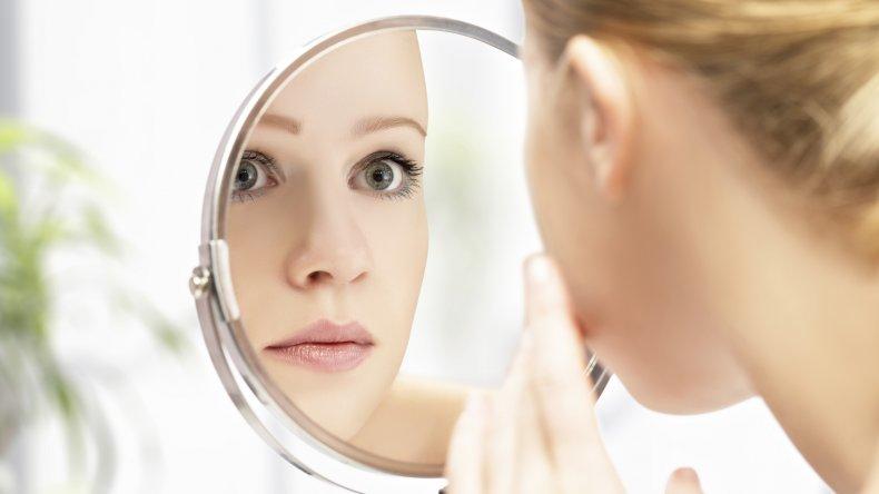 Problemas oculares por el mal uso del maquillaje