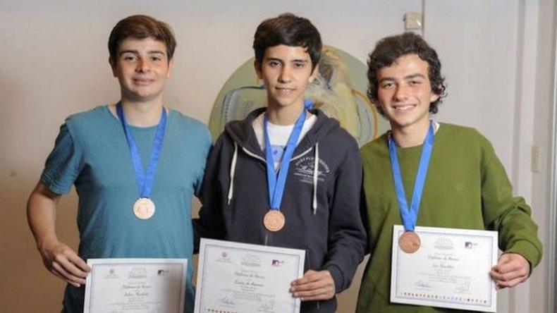 Tres adolescentes argentinos hicieron historia en las Olimpiadas de Matemática