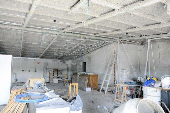 La cocina y los sanitarios del quincho están siendo remodelados en su totalidad.