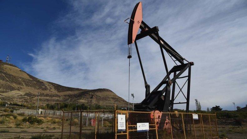 Los petroleros de Chubut quieren que vuelvan los equipos que fueron a Santa Cruz