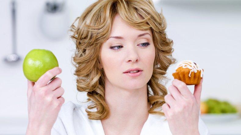 Alimentación saludable: cómo reducir los azúcares en la dieta diaria