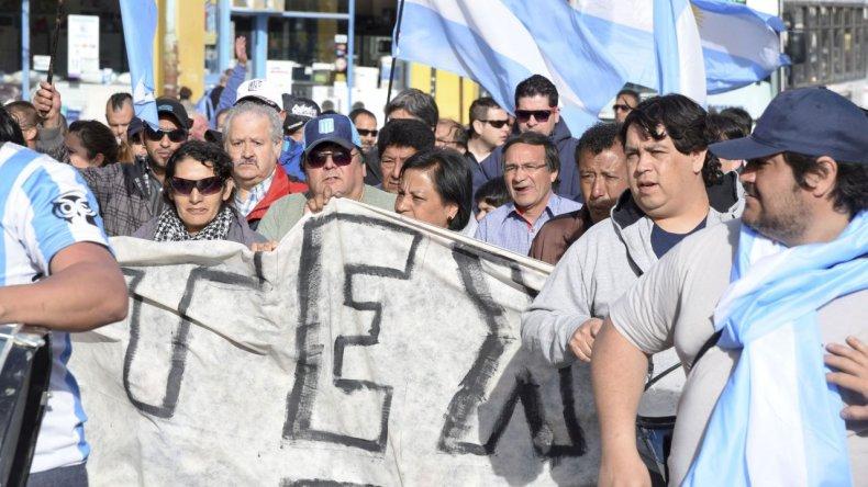 Los trabajadores de Guilford se movilizaron ayer por las calles centricas de la ciudad.