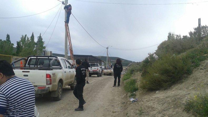Detectaron 40 conexiones clandestinas en la extensión del San Cayetano