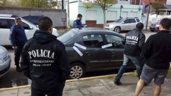 El Peugeot 207 en el que se movilizaba Emilio Abboud también fue trasladado ayer a esta ciudad para ser sometido a peritajes.