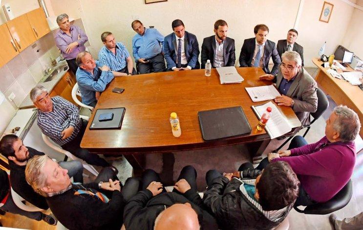 Trabajadores de Guilford buscan asistencia financiera de Nación para sostener la textil