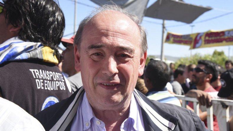 El gremio que conduce el histórico José Santiago volvió a quedar en el ojo de la tormenta por un enfrentamiento interno.