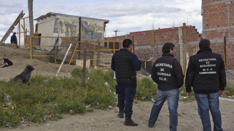 La Secretaría de Seguridad de la Municipalidad no se da por vencida. Ayer nuevamente intentó desalojar a la familia Nieves.