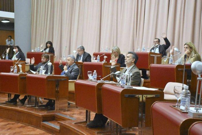 En la Legislatura se enojaron con el Consejo de la Magistratura porque los hicieron jugar un papel que rozó el ridículo.