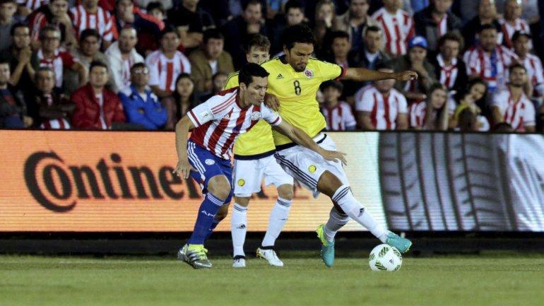 Colombia se llevó una gran victoria del estadio Defensores del Chaco.