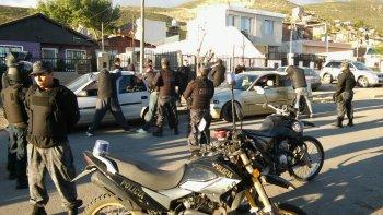 Cinco allanamientos y un control vehicular que terminó con secuestro de droga