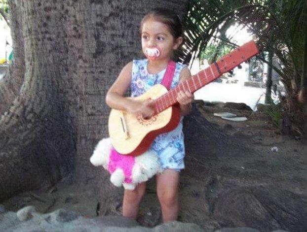 Realizan una pollada solidaria por una nena que sufre una grave enfermedad