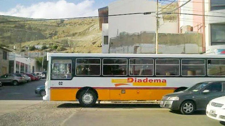 UTA comenzó un paro progresivo en Transportes Diadema