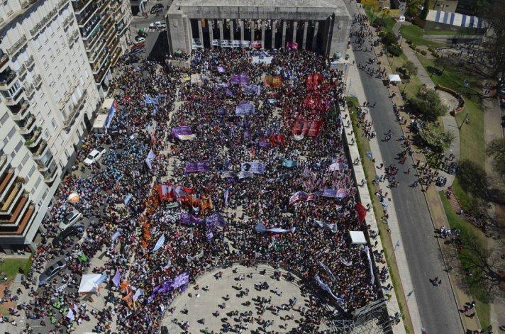 El 31º Encuentro Nacional de Mujeres se desarrolla en la ciudad de Rosario.