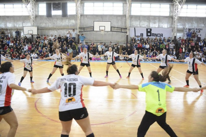 Luján en Caballeros y Unión Eléctrica en Damas son los campeones del Nacional A de Hándbol