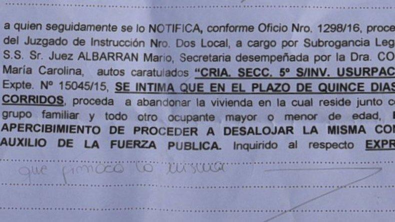 La notificación que ya recibieron 30 familias. Fueron entregadas por la policía a requerimiento del Juzgado de Instrucción N° 2.