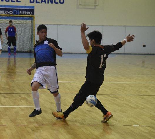 El torneo Clausura de fútbol de salón continuará hoy y mañana con toda su programación.