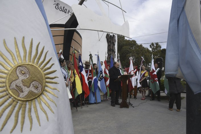 Los portugueses se reunieron en el bulevar de su colectividad donde recordaron a su patria y el amor por sus raíces.