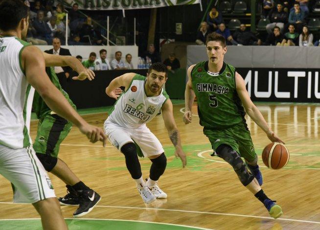 Nicolás De los Santos supera la marca de Franco Balbi en el partido que anoche Gimnasia perdió con Ferro.