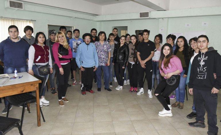 Jóvenes con Más y Mejor Trabajo se denomina un programa de capacitación que apunta a la inserción laboral juvenil.