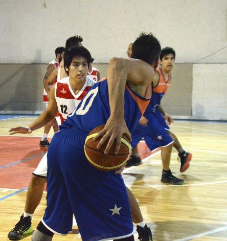El torneo Clausura de la ACRB continuará mañana con más acción.