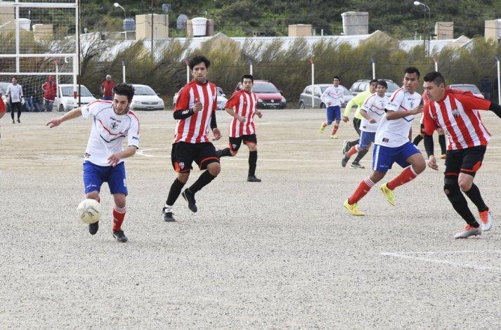 Argentinos Diadema cayó como local ante General Roca en un partido para la siesta.