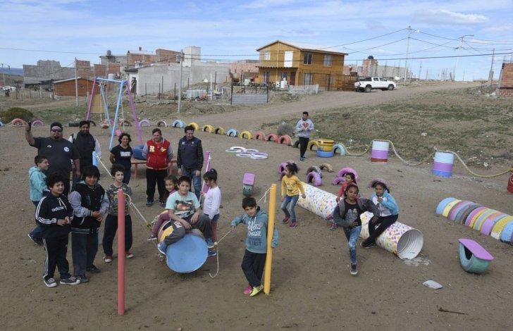 Vecinos de Caleta inauguraron plaza que ellos mismos construyeron