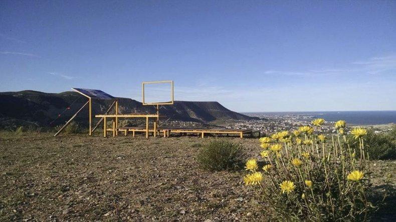 Un mirador ya fue montado por los voluntarios que limpian los cerros de  Km 3