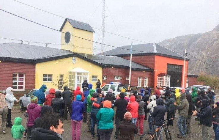 Vecinos salieron a las calles para reclamar contra la violencia policial