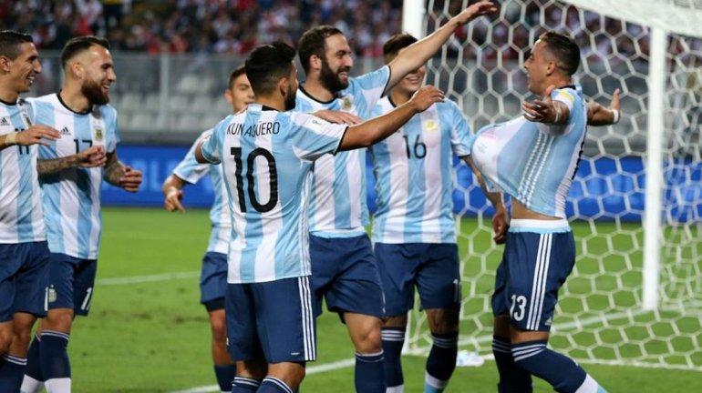 Seguí el minuto a minuto de Argentina y Paraguay