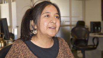 Fabiana Antiñir dio a conocer el pronunciamiento de su comunidad ante el día de la Diversidad Cultural.