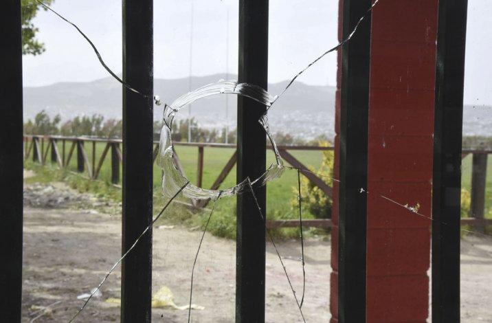 Causaron daños en instalaciones del Club  Portugués y amenazaron a su presidente