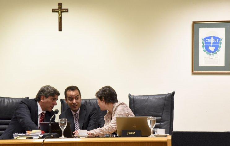 Juicio de cesura contra Sergio Solís y Nadia Kesen. Foto: Martín Pérez / El Patagónico