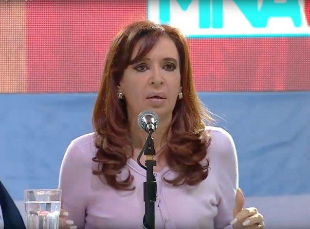 Cristina cuestionó el modelo económico del macrismo.