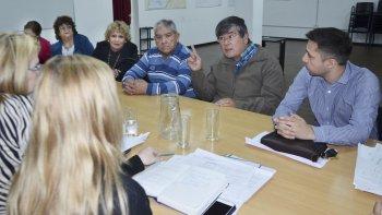 La reunión de referentes de jubilados con la comisión de salud del Concejo Deliberante.