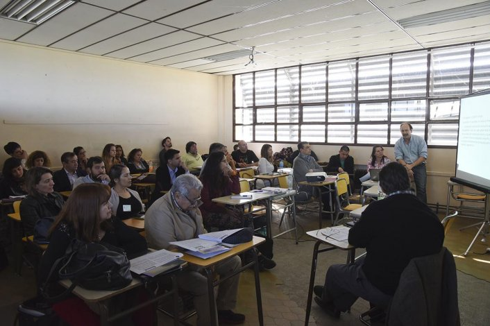 La primera edición de las Jornadas Patagónicas de Análisis Político comenzó ayer en la Universidad Nacional de la Patagonia San Juan Bosco.