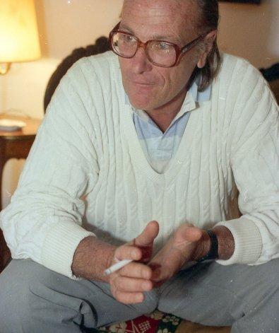 Diego Bonadeo dejó de existir ayer a los 77 años y el periodismo deportivo del país está de duelo.