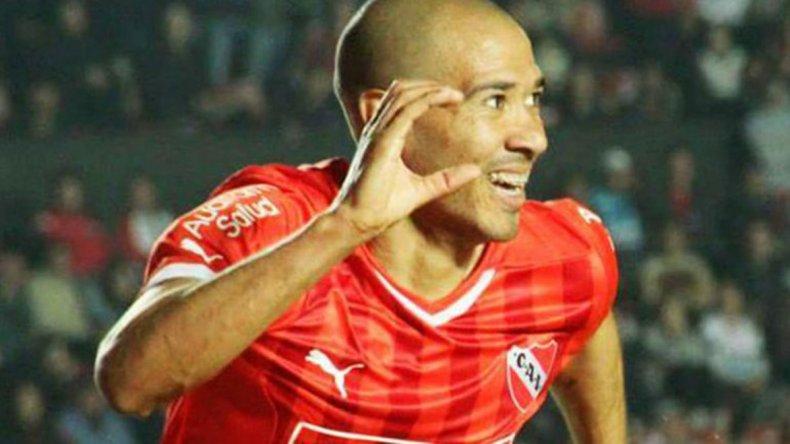 Diego Vera espera esta noche gritar un gol en Independiente.