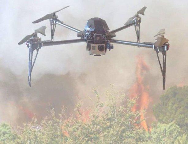 Presentaron un drone para prevenir y monitorear incendios forestales