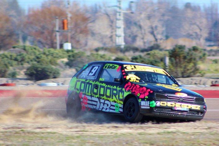 La máquina de Juan Corchuelo es el auto a vencer en el TP Gol 1.6 en Comodoro Rivadavia.