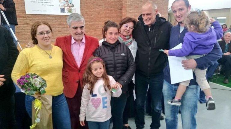 En el Día de la Madre, Das Neves entrega 32 viviendas
