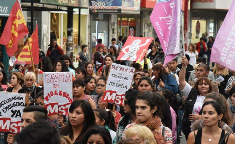 Una de las marchas contra la violencia de género realizadas este año en Comodoro Rivadavia.