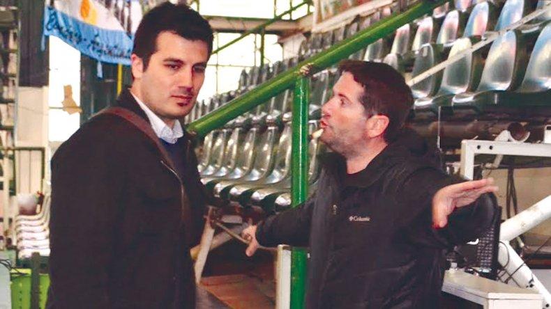 Hugo Cortes conversa con Andrés Luz Clara del Club Gimnasia y Esgrima.