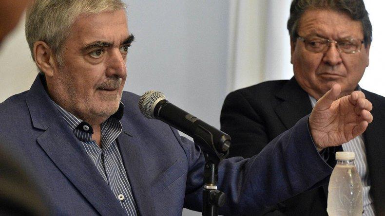 El gobernador Das Neves encabezó ayer la primera reunión de Gabinete Abierto.