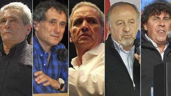 Carlos Acuña (CGT), Sergio Sasia (UF), Sergio Palazzo (Bancaria -CPSF), Hugo Yasky (CTA de los Argentinos) y Pablo Micheli (CTA Autónoma).