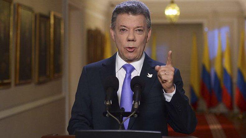 Santos extendió el alto el fuego entre su Gobierno y las FARC.
