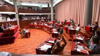 la legislatura aprobo el pedido para la obra  del acueducto y la ampliacion presupuestaria