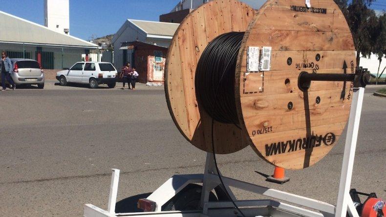 Vecinos del San Cayetano contarán con telefonía e internet de la SCPL